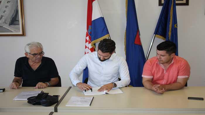 potpis_ugovora_komunalno